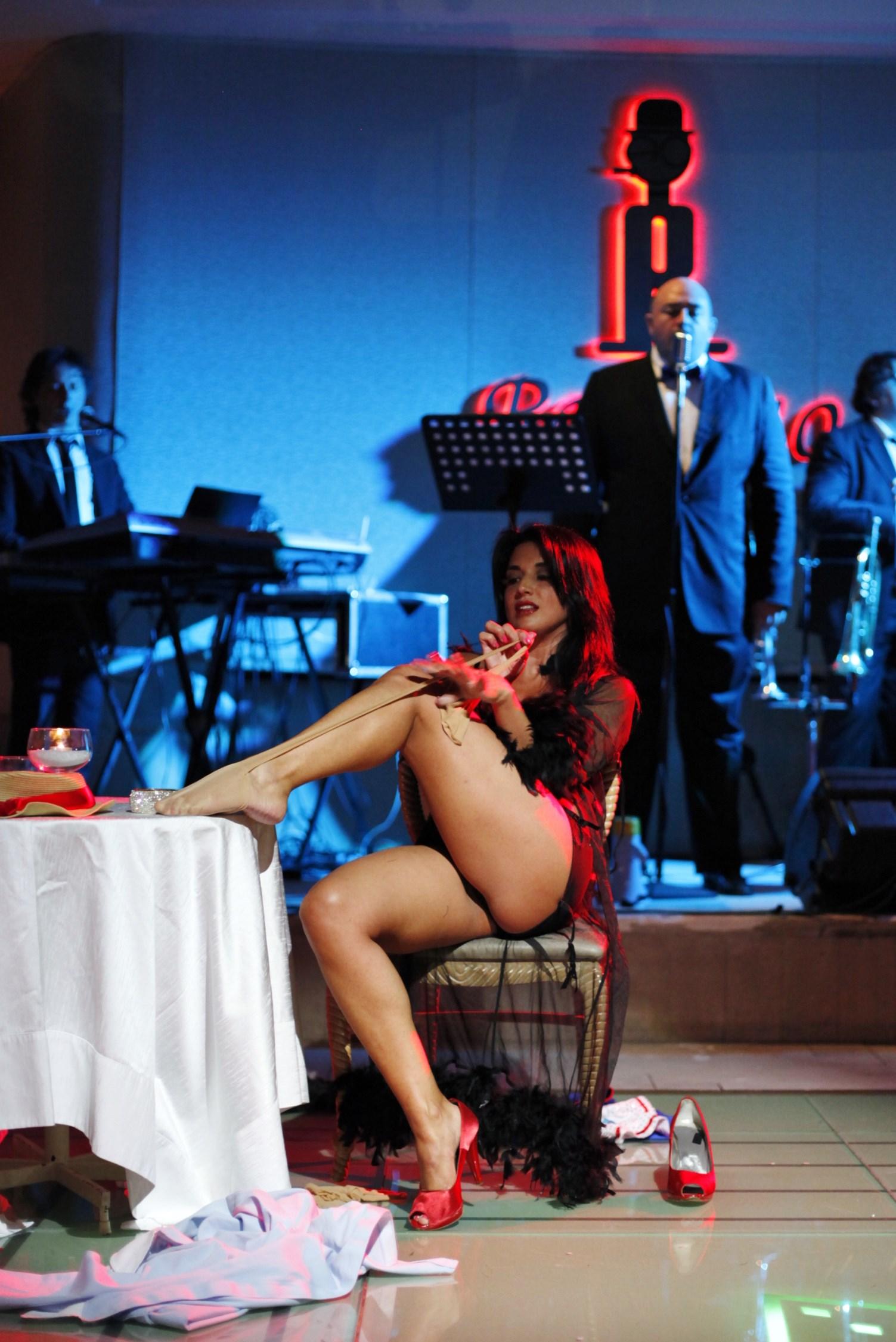 rosolino ristorante Claudia letizia performer attrice grande fratello gieffina burlesque lady letizia