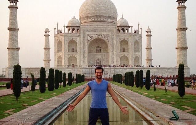 Stefano Colicchio travel blogger India Taj Mahal