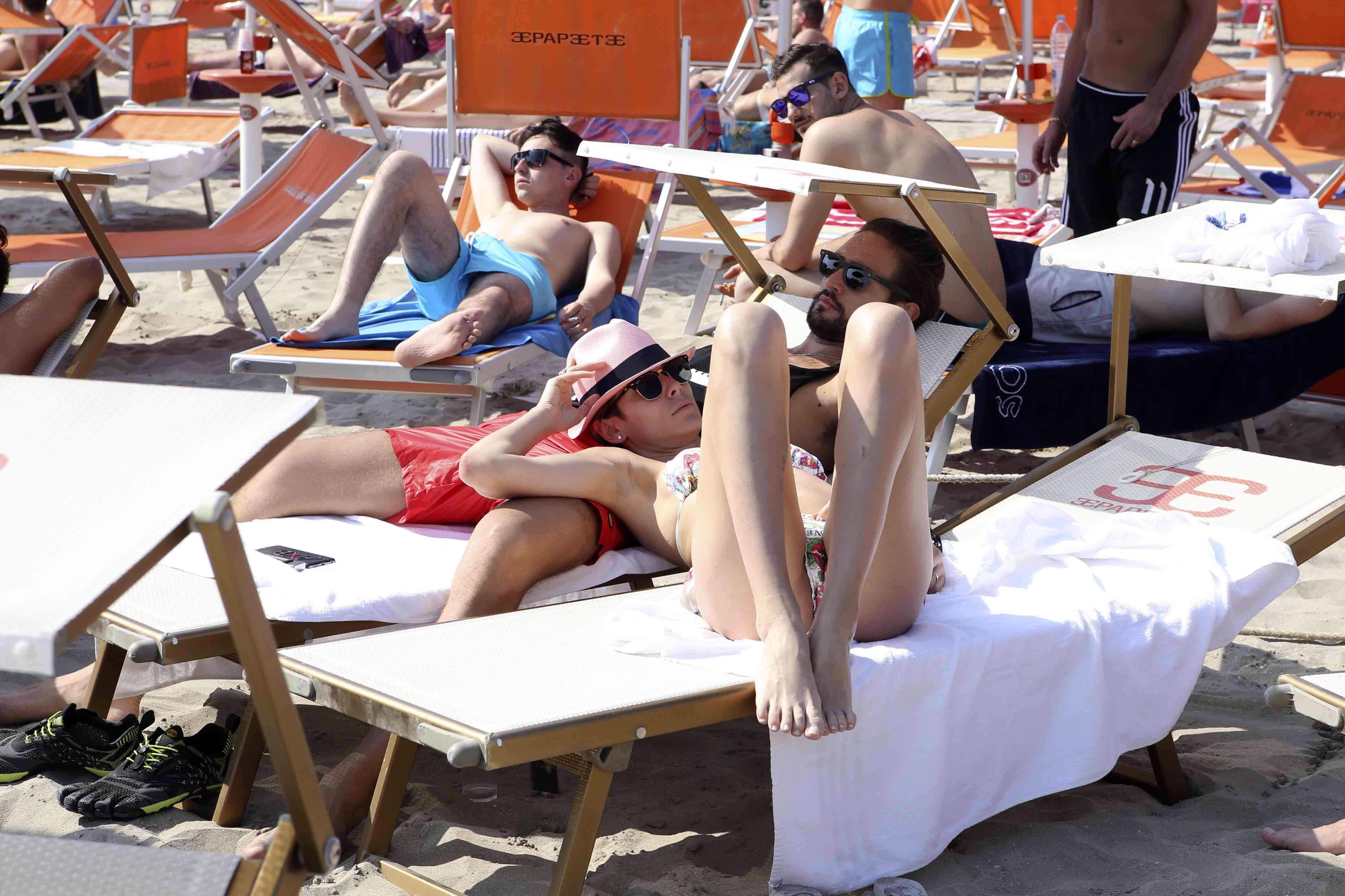 Alex belli Katarina Raniakova milano marittima sole mare relax