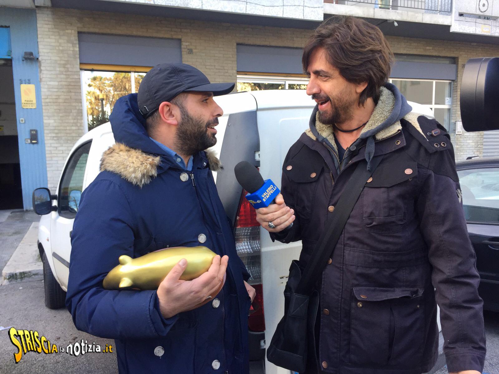 Quo vado Checco Zalone cinema italiano Valerio staffelli striscia la notizia tapiro d'oro striscia